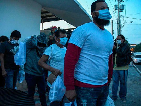 أقنعة المهاجرين الغواتيماليين