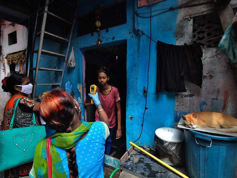 عامل صحي دارافي مومباي العشوائي