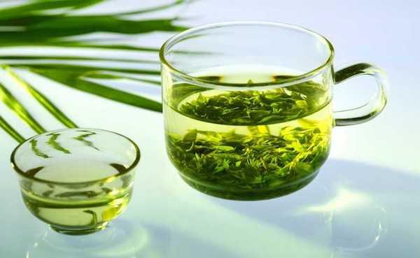 علاج الجدة: الشاي الأخضر للسعال