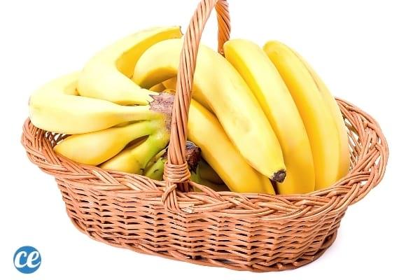 الموز في سلة الخوص