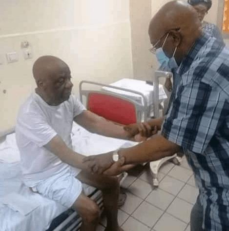 الكاميرون: قلق بشأن الحالة الصحية للبروفيسور جيرفيه ميندو زي (صور)