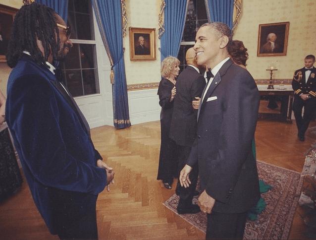 الكشف المفاجئ عن سنوب دوج وأوباما خلال فترة وجوده في البيت الأبيض