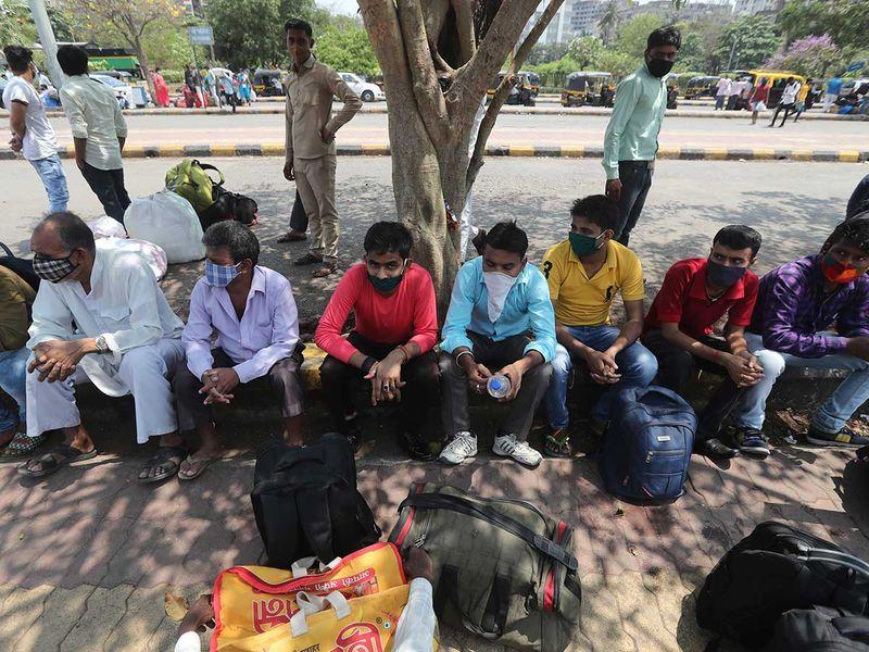 العمال المهاجرين سكة حديد بيهار مومباي