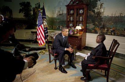 توفي المراسل الشاب الذي أجرى مقابلة مع الرئيس أوباما في البيت الأبيض عن عمر يناهز 23 عامًا