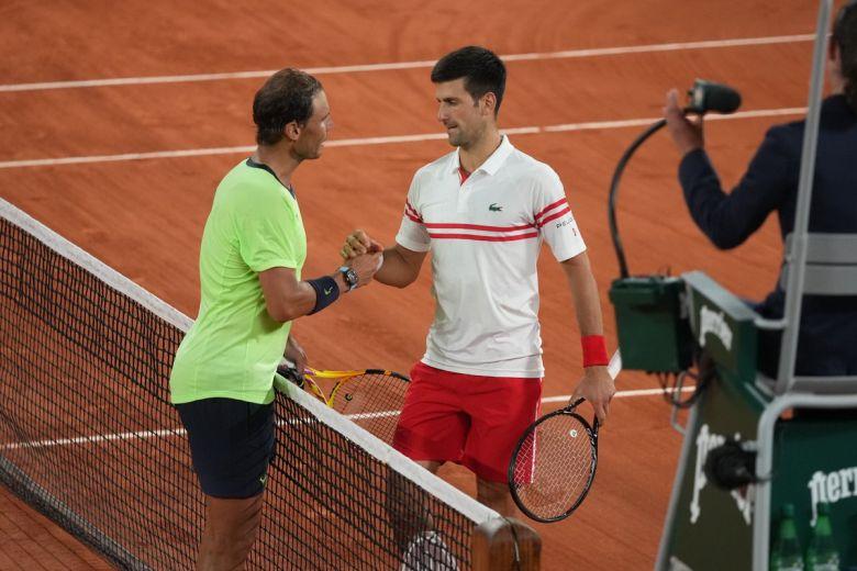 التنس / رولان جاروس: الملك رافائيل نادال يسقط في نصف النهائي ، ديوكوفيتش يندفع في النهائي