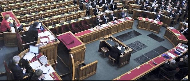 المجر / قانون صدر يحظر الترويج للمثلية الجنسية بين القصر